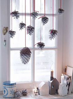 Natural Christmas - crafts with natural materials - Weihnachten - christmas Modern Christmas Decor, Christmas Interiors, Natural Christmas, White Christmas, Christmas Time, Christmas Wreaths, Christmas Crafts, Christmas Decorations, Xmas