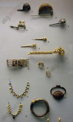 Etruscan jewellery. 7th century BC. British Museum. London. England. United Kingdom.