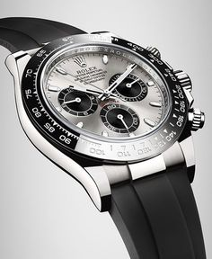Introducing the new Daytona in 18 ct white gold with a black Cerachrom bezel, a steel dial and an Oysterflex bracelet.