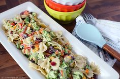 Crunch broccoli and peppers with tart cranberries and chewy pasta all coated with three cheese Ranch dressing. The PERFECT summertime pasta salad. Broccoli Pasta Salads, Pasta Salad Recipes, Vegetable Salad, Vegetable Recipes, Veggie Tray, Salad Bar, Soup And Salad, Fun Easy Recipes, Healthy Recipes