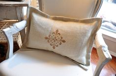 Burlap Pillows - People often put a lot of effort into decorating the house because you want to live in a beautiful and comfortable home. If you get bored Stenciled Pillows, Burlap Pillows, Decorative Pillows, Throw Pillows, Pillow Inspiration, Thing 1, French Chairs, Storage Design, Bedroom Decor