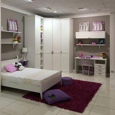 Vieni nello showroom in via Roma 120 all'ingresso di Modugno (Bari). Troverai tantissime soluzioni di camerette.