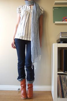 love the rolled pants with boots (I really need boots) find more women fashion on www.misspool.com