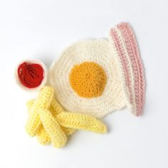 Good Enough to Eat! 5 Yummy Crochet Food Artists - What a fun gift to give along side some kid's kitchen toys.