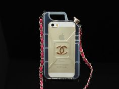 http://www.icase-zone.com/new-arrival-chanel-perfume-bottle-case-for-iphone-55s-p-952.html   The entire series Boy, Chanel, structural prototypes, elements and details of the integration of several bags iphone 5/5S cover especially the color.