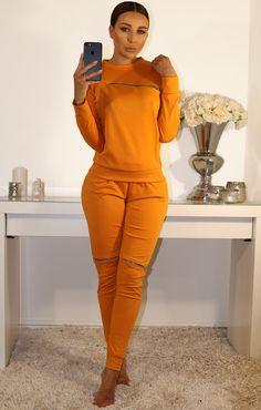 Best new loungewear this season Cute Sweatpants Outfit, Hoodie Outfit, Loungewear Outfits, Loungewear Set, Lounge Outfit, Lounge Wear, Sixth Form Outfits, Cute Pajamas, Cute Swag Outfits