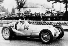 Lovely profile shot of Caracciola and the W125. Swiss GP, Bremgarten in August 1937. Rudy won the race from Herman Lang and Von Brauchitsch, also W125 mounted. (Mercedes Benz)
