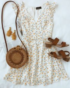 Sundress season is here and this white floral skater dress is perfect for summer. - - Sundress season is here and this white floral skater dress is perfect for summer. Yellow, red, and green flowers dance across the v-neckline, ruffle s. Spring Outfits, Trendy Outfits, Cute Outfits, Fashion Outfits, Summer Dress Outfits, Floral Outfits, Casual Floral Dresses, Rustic Outfits, Holiday Outfits