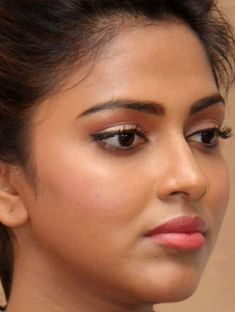 Beautiful Lips, Beautiful Girl Image, Beautiful Asian Girls, Beautiful Bride, Indian Actress Photos, South Indian Actress, Beautiful Bollywood Actress, Most Beautiful Indian Actress, Indian Natural Beauty
