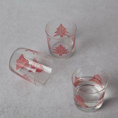 Bicchiere campane e alberi