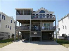 Wonderful beach house with everything your family is looking for...enjoy the private pool & hot tub pool open 05/04/13  to 10/12/13, game room w/ ...