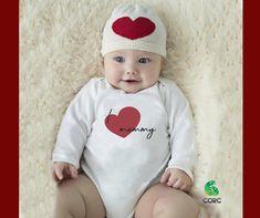 Η μανούλα μας είναι πάντα στην καρδιά μας Baby Bodysuit, Onesies, Kids, Young Children, Boys, Rompers, Children, Children's Comics, Boy Babies