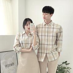 Cute Couple Shirts, Matching Couple Outfits, Matching Couples, Ulzzang Fashion, Korean Fashion, Family Outfits, Cute Outfits, Korean Couple, Ulzzang Couple