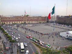 El Zócalo de la Ciudad desde la terraza del Gran Hotel de la Ciudad de México.  ¿Conoces?
