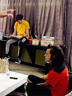 One Direction: Honda Civic Tour Diary 3 (: Larry Stylinson, James Horan, Larry Gif, Yours Sincerely, Larry Shippers, Foto Real, One Direction Harry, Louis And Harry, Great Love Stories