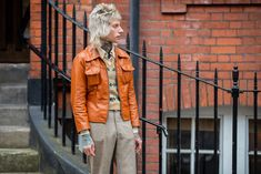 A guest is seen outside JW Anderson during London Fashion Week September 2019 on September 2019 in London, England. Get premium, high resolution news photos at Getty Images Street Looks, Street Style, Fashion Week, Fashion Photo, Pull Jacquard, Fashion Pictures, Style Pictures, Glamour, Image Collection