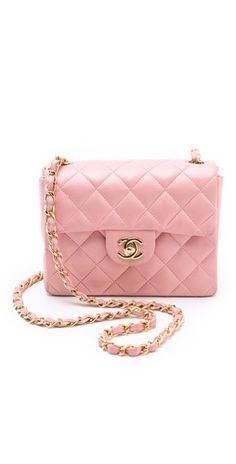 Chanel classic mini flap bag in pink and golden hardware. Check it out on 20 ccd1252e5da0a