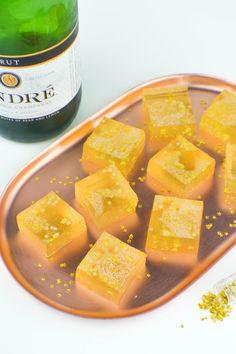 Champagne Jello Shots with Edible Glitter | www.revamperate.com