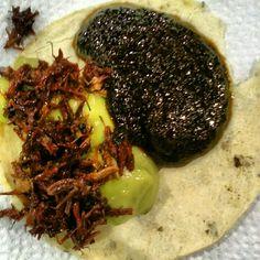 Guacamole con chapulines y mole negro, Oaxaca, Mexico