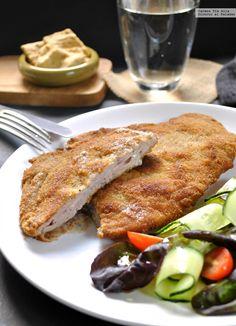El cachopo es uno de los bocados más populares de la gastronomía asturiana, dentro y fuera de sus fronteras. Consiste en dos filetes de ternera r... Steak, French Toast, Recipies, Cooking, Breakfast, Popular, Food, Ancient Greek, Yummy Yummy