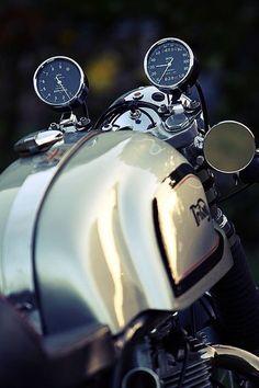 Moto Cafe, Cafe Bike, Cafe Racer Bikes, Cafe Racer Motorcycle, Motorcycle Bike, Cafe Racers, Retro Motorcycle, Women Motorcycle, Motorcycle Quotes