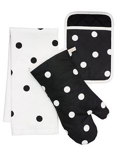 le pavillion dot three-piece set - kate spade new york Kitchen Linens Sets, Kitchen Sets, Kitchen Dining, Kitchen Decor, Paris Kitchen, Kitchen Goods, Kitchen White, Kitchen Stuff, Kitchen Cabinets