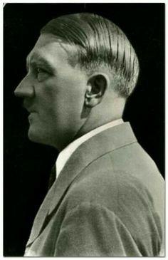 1934 or RPT. (via putschgirl) Propaganda Art, Berlin, The Third Reich, Rare Photos, World History, World War Two, Wwii, Germany, Arabic Funny