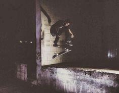 Instagram #skateboarding photo by @fabricioferreira.s - nollie heel @juliocesarsk  #skatelife #skate #skateboarding #photography #skatephotoaday. Support your local skate shop: SkateboardCity.co