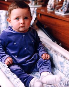 Paris Jackson as a baby Lisa Marie Presley, Elvis Presley, Paris Jackson Photos, Familia Jackson, Michael Jackson Daughter, Mj Kids, Jackson Family, Jackson 5, Beautiful Paris