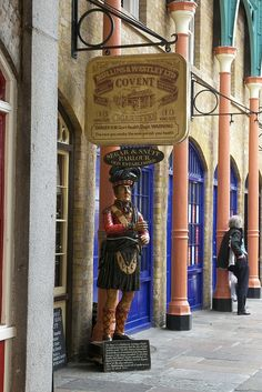 Covent Garden , London. I know exactly where that statue is :))