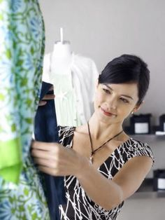 How to Buy Wholesale Clothing for Selling in a Boutique