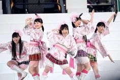 Momoiro Punch! at NATIONAL STUDIAM. MOMOKA!!