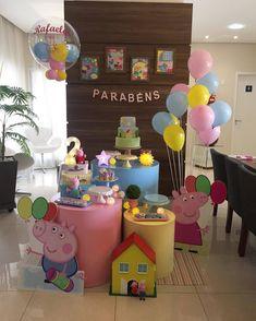 Dessert Table Birthday, 3rd Birthday Cakes, Birthday Party For Teens, Diy Birthday, Pig Party, Baby Party, Peppa Pig Pictures, Peppa Pig Birthday Invitations, Simple Birthday Decorations