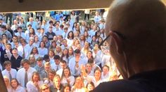 Teacher who inspired students to sing hymns at his window dies...