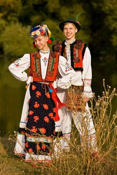 #Ukrainian #style #UKRAINE! Dress up in the ukrainian national costumes! Ukrainian culture, Ukrainian traditions, Ukrainian style, Ukrainian roots, Ukrainian beauty / Украинская культура, украинские традиции, украинский стиль, украинские корни