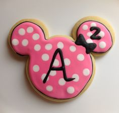 Minnie Mouse sugar cookies with royal icing