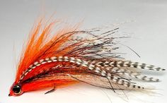 Bucktail and Grizzly with a bit of flash and Supreme hair / Son Tao