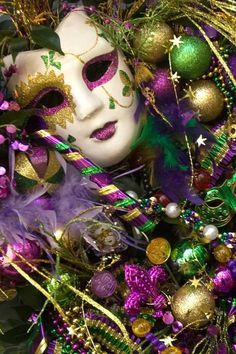 The traditional Mardi Gras colors of purple, gold, and green have their roots in political and religious arenas. Purple stands for justice, green for faith, and gold for power.