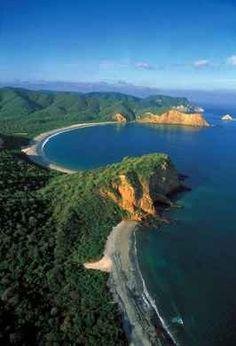 Ecuador small beach Towns | Ecuador, real-estate:Beachfront lot in the quiet town of Puerto Lopez ...