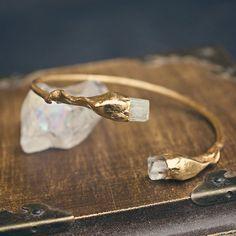 Aquamarine cuff bracelet gold electroformed bracelet https://www.etsy.com/de/listing/272006032/aquamarin-armband-double-gold-armband