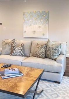 Jeanne Dollins Designs – Den and Living Rooms GG