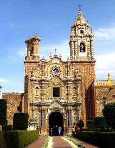 Iglesia deSan Francisco Acatepec #Puebla ejemplo de #barroco talaveresco