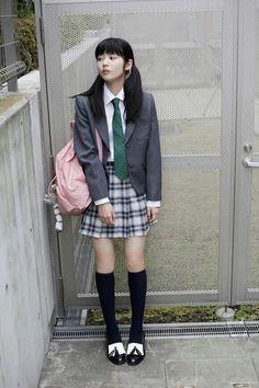 36 girls high school skirt uniform to wear every time women Cute School Uniforms, School Uniform Girls, Girls Uniforms, School Girl Japan, School Girl Outfit, Japanese School Uniform, Schoolgirl Style, Girls Gallery, Asia Girl