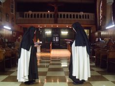 Carmelite Nuns - Allentown Monastery - Founded by Mother Therese of Jesus, O. Carm. - Carmelites
