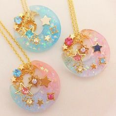 Eccentric moon and stars bright colored necklaces Kawaii Jewelry, Kawaii Accessories, Cute Jewelry, Diy Jewelry, Jewelery, Glue Gun Crafts, Diy Resin Crafts, Kawaii Diy, Magical Jewelry
