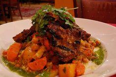 Street Food, Cuisine du Monde: Recette de couscous kabyle au mouton (agneau), cardons, navets, pois chiches, carottes (Algérie) Les berbères cuisinent le couscous au cardon (khorchef, khourchef), un plat traditionnel de fête du Ramadan, l' Aïd el Kebir 5 octobre 2014 ), aux délicieuses saveurs prononcées. A chaque famille sa recette, voici une des milles et une manières de le cuisiner.