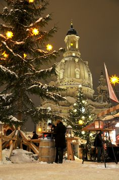 Christmas Market at Neumarkt in Dresden . against the backdrop of the Frauenkirche. Christmas In Germany, German Christmas Markets, Christmas In Europe, Christmas Travel, Places Around The World, Oh The Places You'll Go, Around The Worlds, Christmas Scenes, Noel Christmas