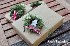 Small wreath - bows and Xmas tree decorations