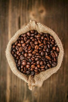Home Brewed Cappuccino In 3 Easy Steps – Espresso Shots Coffee Type, Coffee Art, Coffee Shop, Coffee Maker, Coffee Club, Coffee Drawing, Coffee Machine, Black Coffee, Espresso Machine