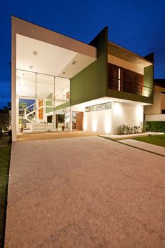 Acapulco House by Flavio Castro
